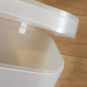 100均のダイソーで買った粉末洗剤のケースのふたのかみ合わせ